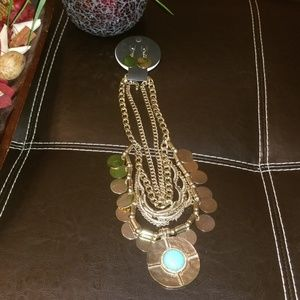 Jewelry - Multilayered Faux Gold Necklace Set